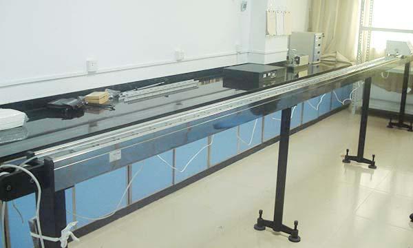 长度仪器校准图片